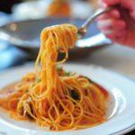 Mangiare pasta a cena fa male? Ecco la risposta della scienza