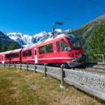 Svizzera, coppia filmata mentre consuma un rapporto in treno