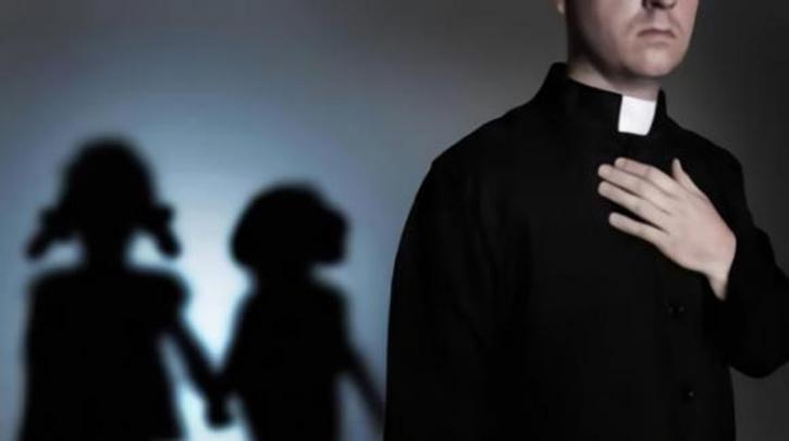 preti abusi sessuali su minori